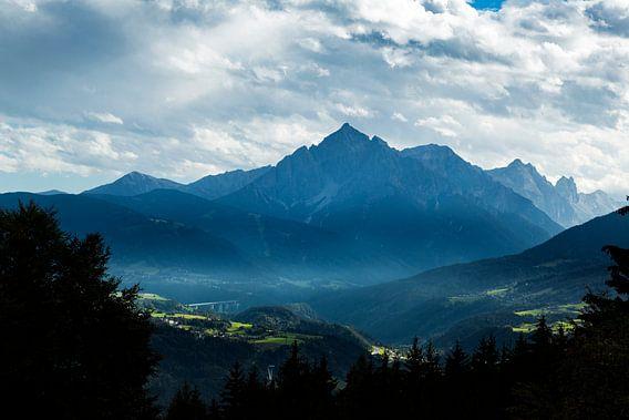 Het altaar van Tirol. van Hidde Hageman