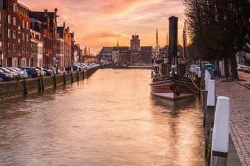 Wolwevershaven Dordrecht van Ilya Korzelius