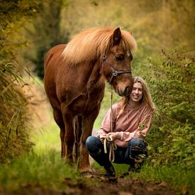 Me and my Icelandic horse van Christl Deckx