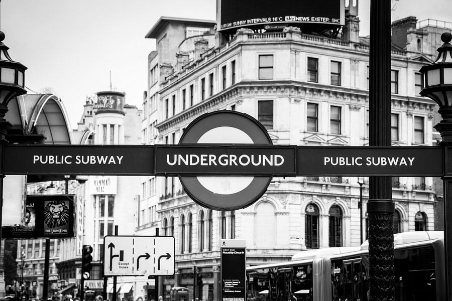 London Underground van Christiaan Onrust