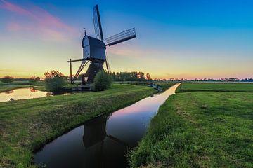 Sonnenuntergang an der Windmühle von Maikel Brands