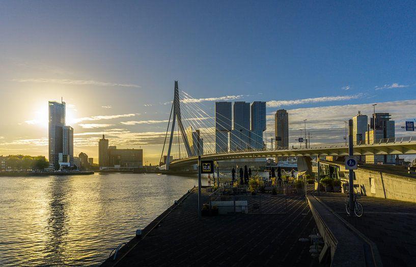 Ochtendgloren | Skyline van Rotterdam van Ricardo Bouman | Fotografie
