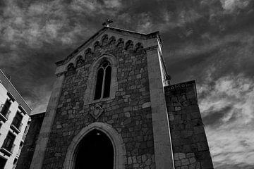 Alte Kirche in Tarragoña, Spanien von Bram Jansen