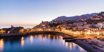 Hafenviertel in Câmara de Lobos auf der Insel Madeira von Werner Dieterich