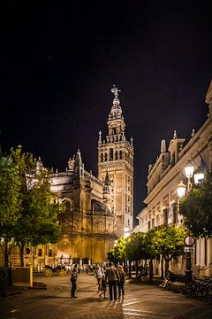 Sevilla bij avond (2) van Rob van der Pijll