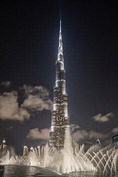 Dubai mit dem Burj Khalifa, dem höchsten Gebäude der Welt von Frans Lemmens
