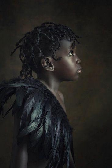 Nigeriaans meisje met verenkraag