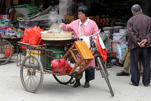 Chinese mobiele keuken, restaurantje in bakfiets op straat, China