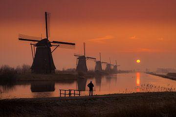 Kinderdijk zonsopkomst sur Dick van Duijn