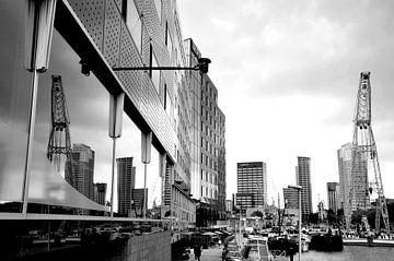 Reflection / Rotterdam von Sabrina Varao Carreiro