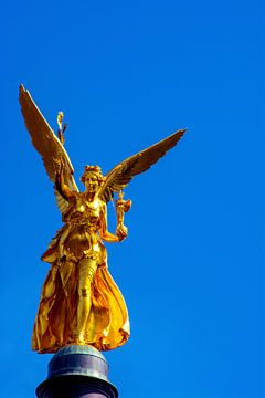 Angel of peace Munich van Michael Nägele