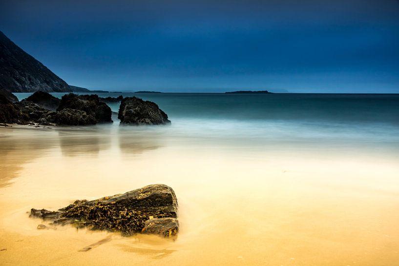 Strand Ierland van Dennis Wardenburg