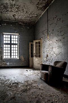Sitzen und Warten 3 von Kirsten Scholten