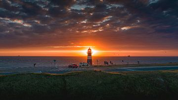 Vuurtoren Westkapelle zonsondergang van Andy Troy
