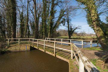 Oude houten brug in de Achterhoek von Tonko Oosterink