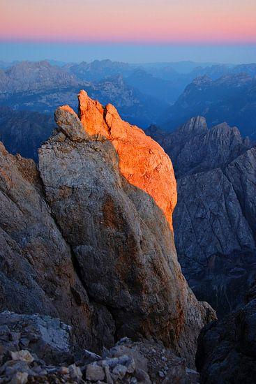 Alpenglow op de Marmolada -Trentino-Alto Adige - Italië