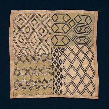 Shoowa Raffia Paneel met geborduurd patroon van Floris Kok