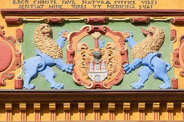 Wappen vom farbigen Renaissace Eingangsportal der Alten Raths-Apotheke von 1598, L�neburg, Niedersac