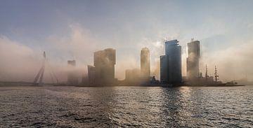 Rotterdam in de mist sur Peter Hooijmeijer