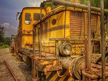 Urbex verlaten trein  van Creativiato Shop