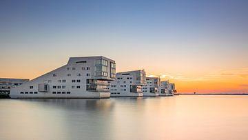 Sonnenuntergang bei den Sphinx-Häusern, Niederlande von Adelheid Smitt