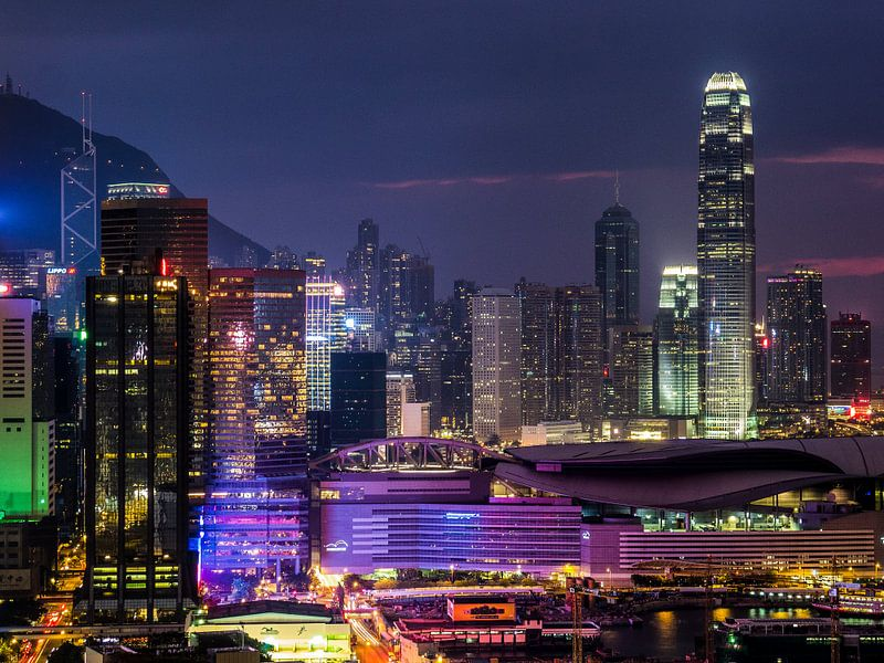 Hong Kong skyline van Albert Dros