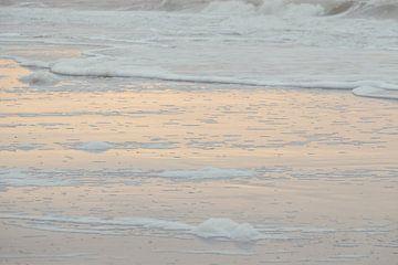 Zee bij zonsondergang van Ellen Metz