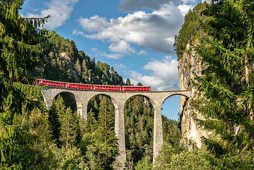 Landwasser-viaduct Zwitserland van Achim Thomae