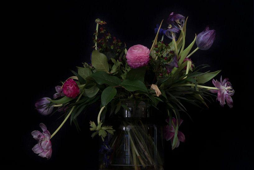 Stilleven met bloemen van Maerten Prins