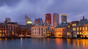 Binnenhof en Hofvijver in Den Haag, Nederland van Adelheid Smitt