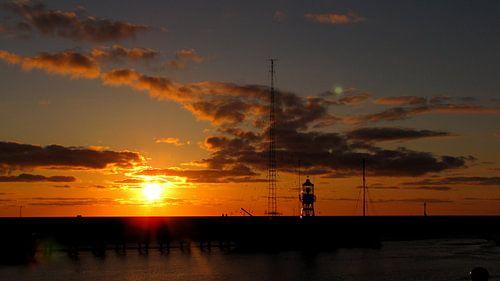 Zonsondergang aan de waddenzee