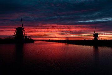 Kinderdijk bij zonsopkomst van Kevin Ratsma