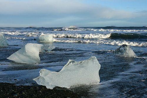 ijs op het strand van Antwan Janssen