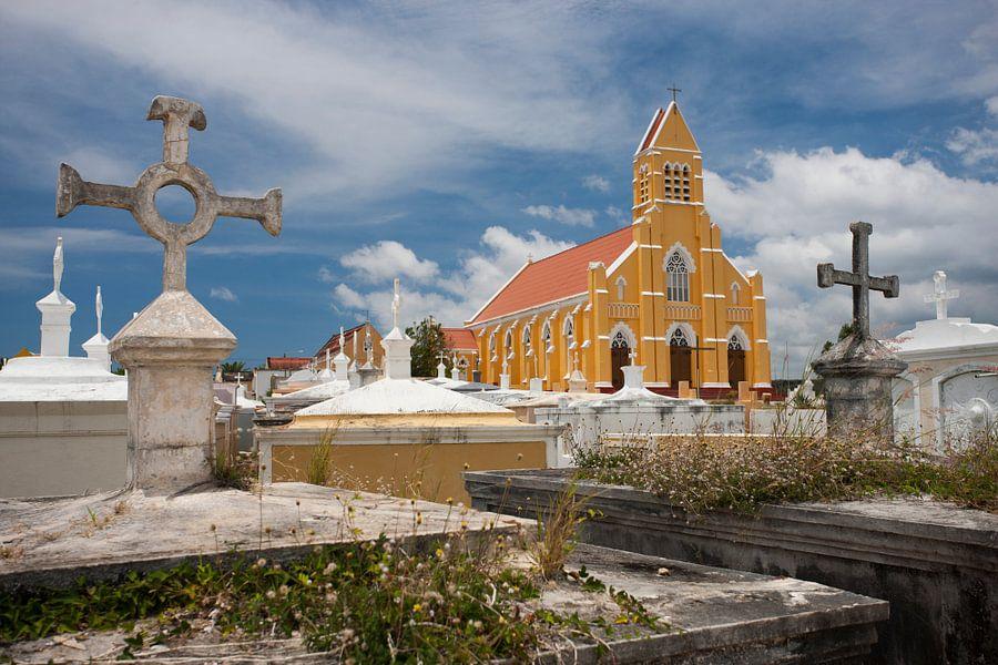 Sint Willibrorduskerk Curacao van Martijn Smit