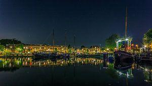 Oude haven Gouda (zicht op deBogen) van Michael van der Burg