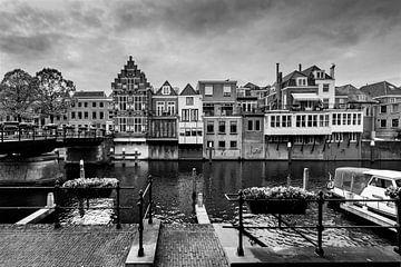 Gorinchem Hafen I schwarz-weiß von Danny den Breejen
