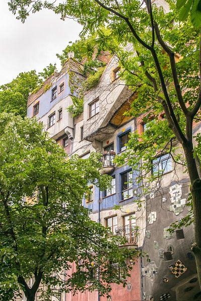 Hundertwasserhaus 2 van Bart Berendsen