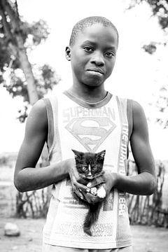 Supermann in Tansania von Jeroen Middelbeek