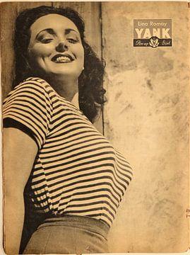 YANK-Pin-up: Lina Romay in engem T-Shirt und weitem Schlag, 18. Mai 1945. von Atelier Liesjes