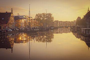 Galgewater Leiden op een mooie morgen van Dirk van Egmond