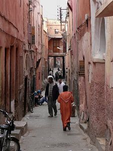 Levendig straatbeeld in Marokko