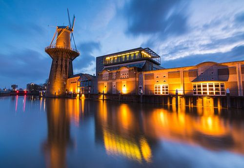 Nolet molen Schiedam van Ilya Korzelius