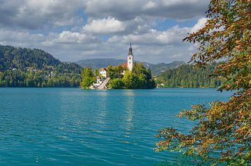 Île du lac avec l'église St. Mary's au lac Bled sur Peter Eckert