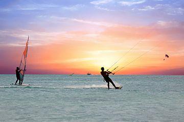 Wassersport auf dem Karibischen Meer bei Aruba von Nisangha Masselink