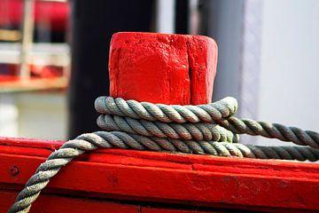 Gerold touw houdt een schip vast van Frank Herrmann