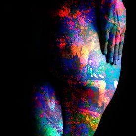 Photo Art - Rondingen van een vrouw van Art  By Dominic
