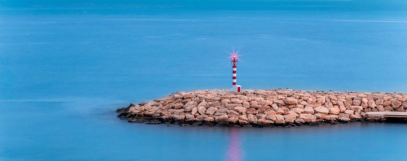 Moraira Vuurtoren Spanje van Peter Bolman