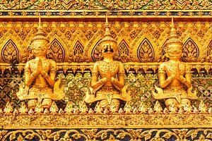 Detail of golden buddha
