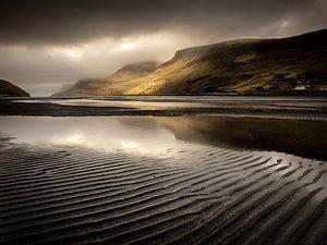 Het fjord van Sørvágur von Nando Harmsen