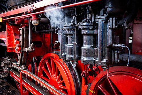 Stomende details van historische locomotief